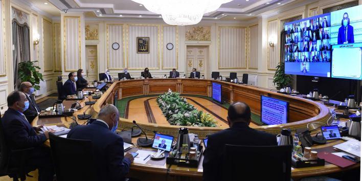 رئيس الوزراء يشدد على التطبيق الصارم للإجراءات الاحترازية للحد من كورونا