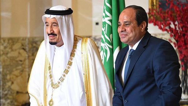 الرئيس السيسي وخادم الحرمين يتبادلان التهنئة بعيد الفطر