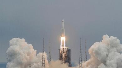 البحوث الفلكية: الصاروخ الصيني يمر بسماء مصر اليوم