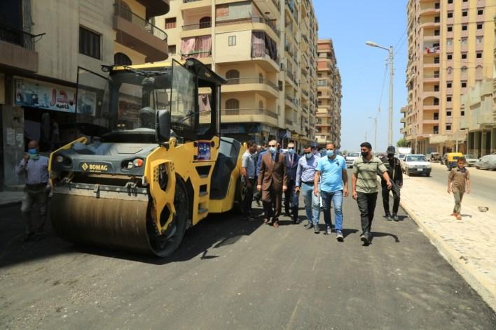 جولة تفقدية لمحافظ كفر الشيخ لمتابعة أعمال تطوير شوارع العاصمة