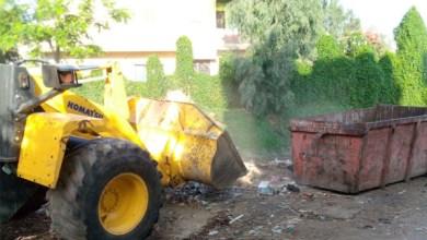 حملات نظافة ورش الشوارع والميادين بمدينة بيلا
