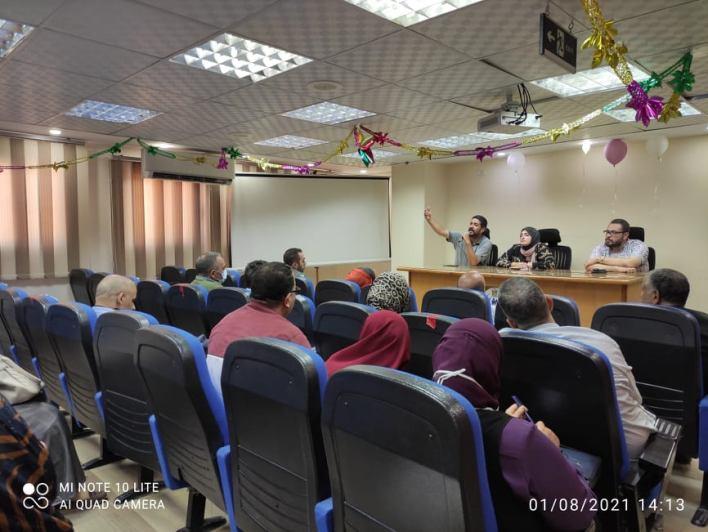 صحة الدقهلية تناقش مستجدات التعاقدات مع أساتذة الجامعات وبرنامج الزمالة المصرية