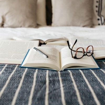 10 Of My Favorite Cozy Books To Read This Winter