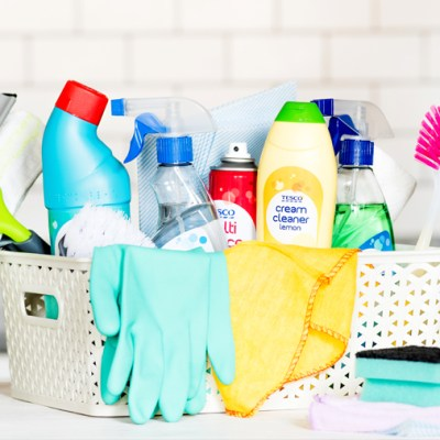 "8 ""OMG YOU HAVE TO TRY THIS"" Spring Cleaning Tips!"