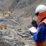 Manifestantes contra mina Quellaveco bloquean puente Montalvo