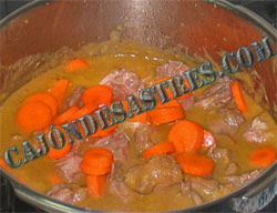 carrillada de cerdo en salsa