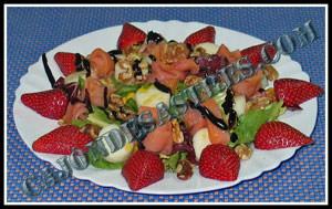 receta de ensalada de salmon y fresas