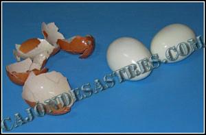 pelar huevos cocidos rapido