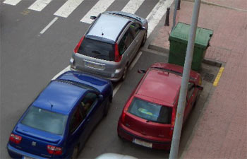 coches en doble fila
