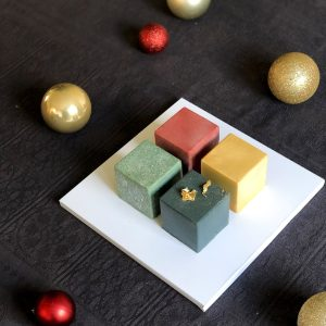Winter Spiced Cake Cubes