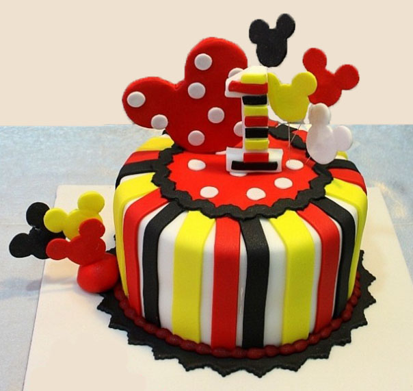 How To Make A D Mickey Mouse Clubhouse Cake