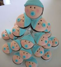 Baby shower boys cupcakes
