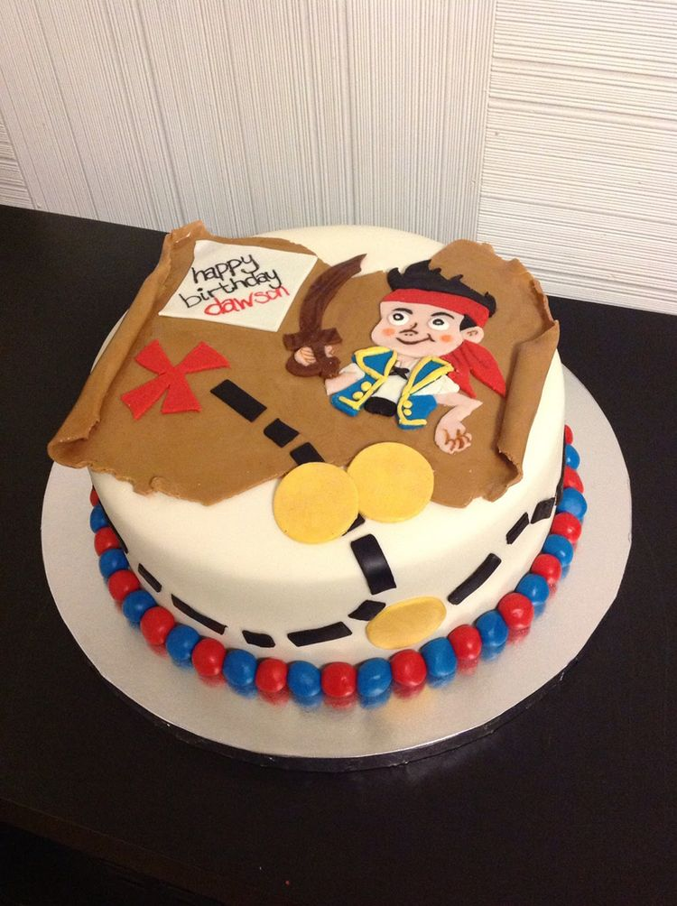 Sweet pirate cake