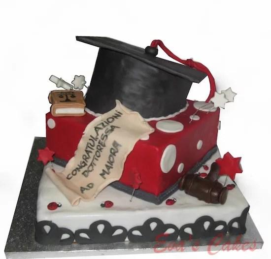 Torte per festeggiare una laurea  Cakemania dolci e cake design