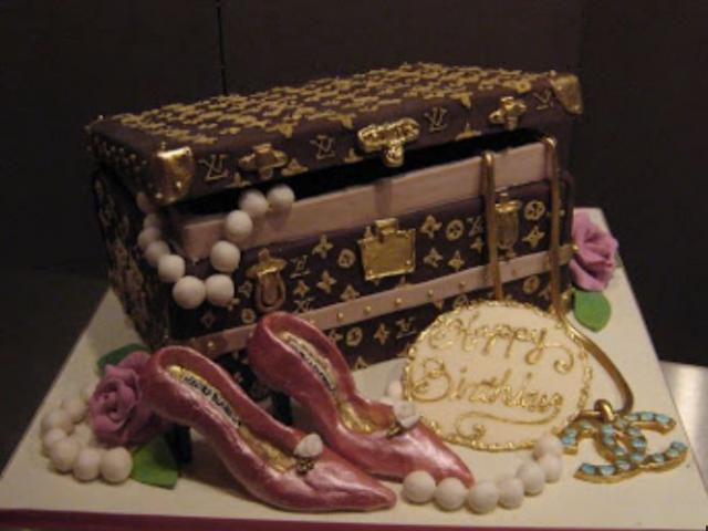 Louis Vuitton Jewelry Box Cake PictureJPG