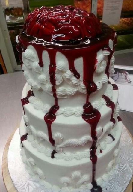 2015 Zombie Wedding Cake With Bleeding Brain JPG