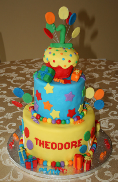 Beautiful Big First Birthday Cake With Balloons And Ts