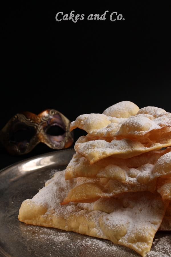 Le Chiacchiere la ricetta di Iginio Massari per un dolce tipico del carnevale