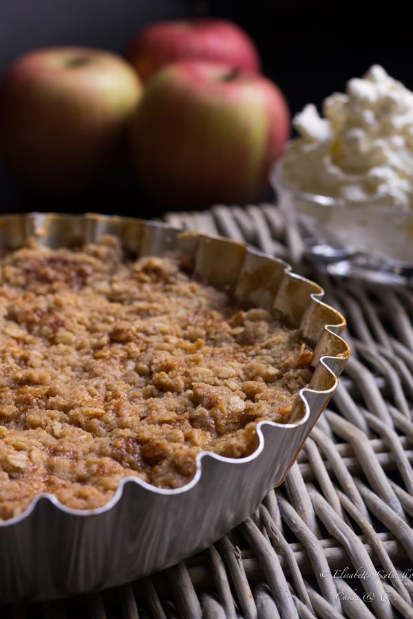 Betty Crumble alle mele e confettura di albicocche