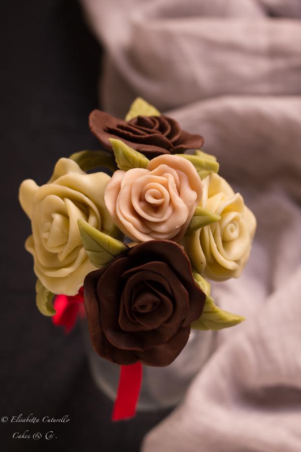 Il cioccolato plastico l'alternativa alla pasta di zucchero, bouquet