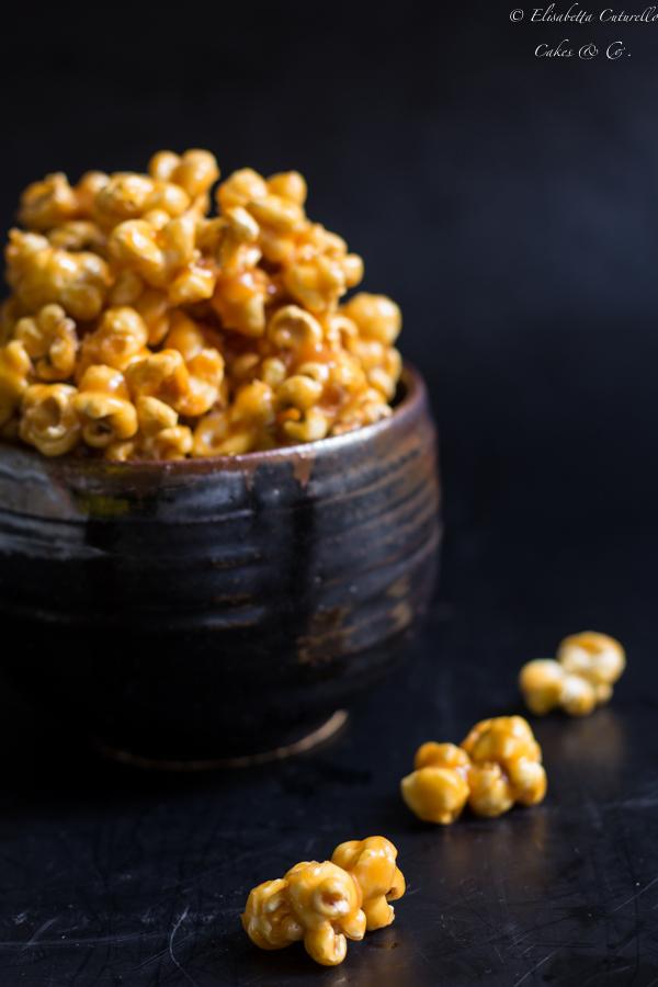 Pop-corn al caramello al burro salato ricetta semplice e golosa