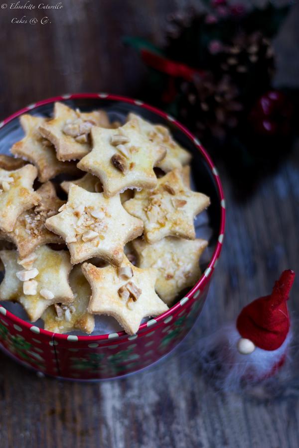 Stelline al burro zucchero mandorle e sale