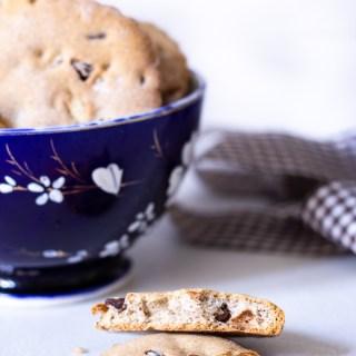biscotti al grano saraceno con noci e gocce di cioccolato