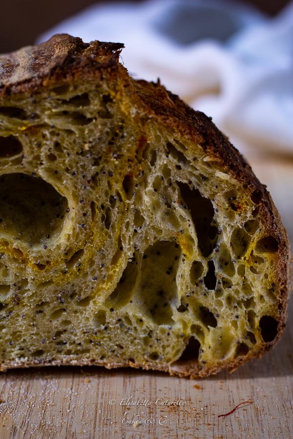Pane senza impasto allo zafferano