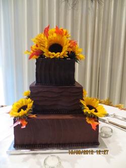 Wedding Cakes Cheris Cakes Amp Cruffles