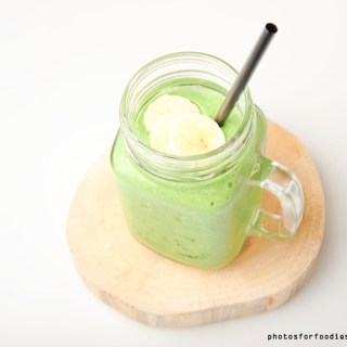 Spinach mango banana coconut milk Green smoothie