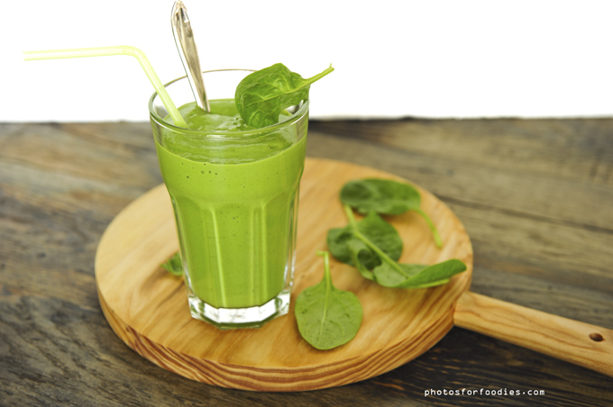Spinach banana avacado Smoothie
