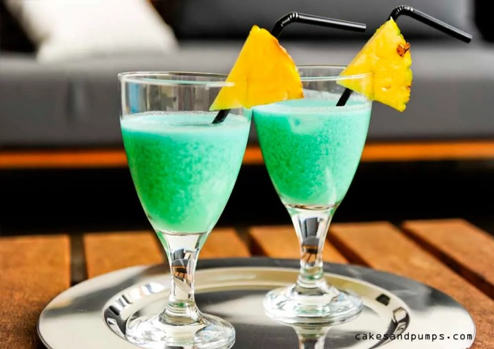 For Cocktail friday we drink a Blue Hawaiian cocktail
