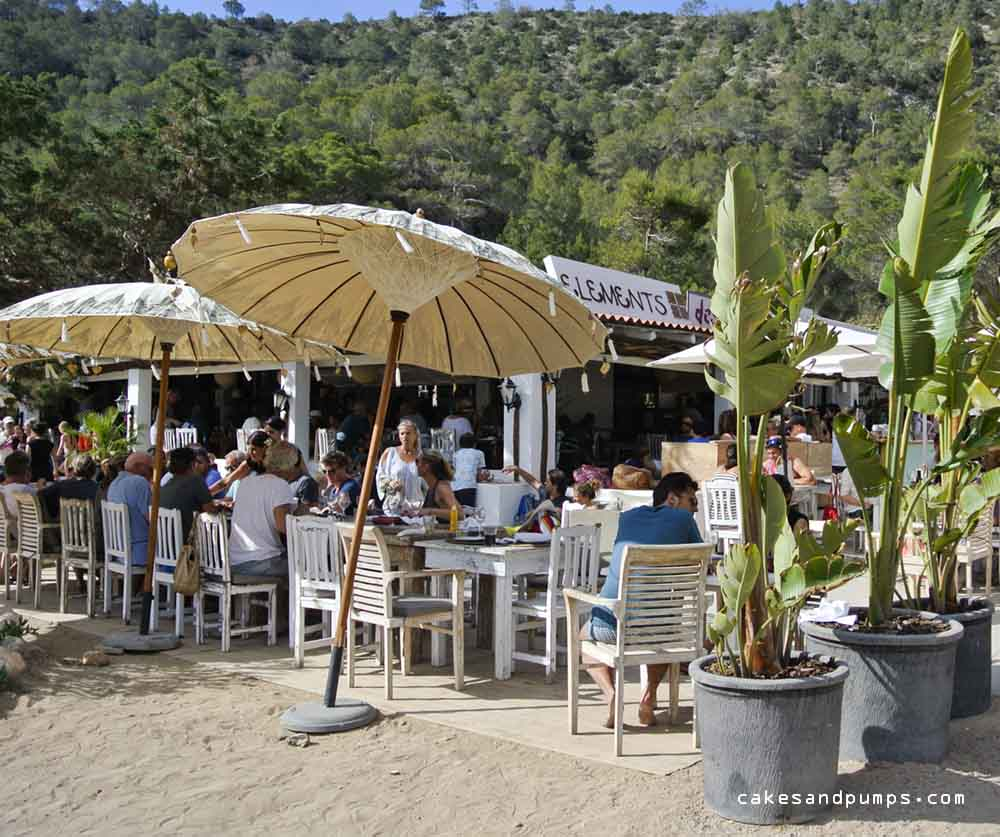 Restaurant Elements Cala Benirras Ibiza