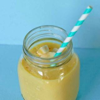 Mango banaan smoothie voor Sunday Smoothie