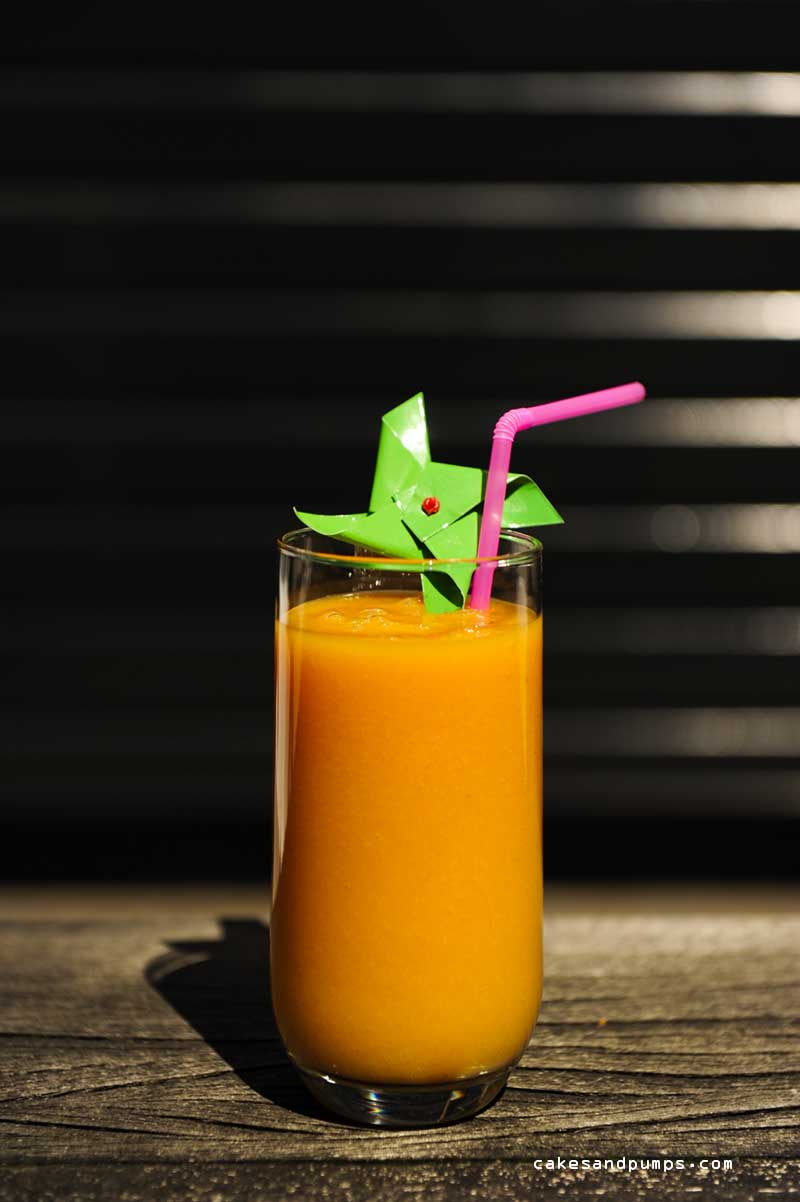 Papaya banana smoothie for sunday smoothie