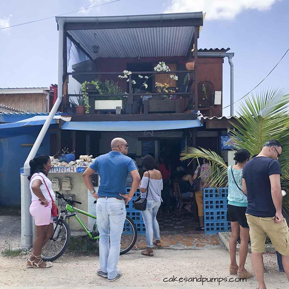 Voorkant van Purunchi Curacao, cakesandpumps.com
