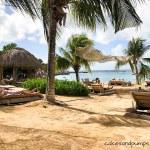 Kokos Beach jan thiel baai Curacao, cakesandpumps.com