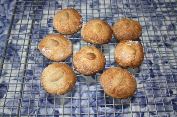 pesach almond macaroon recipe