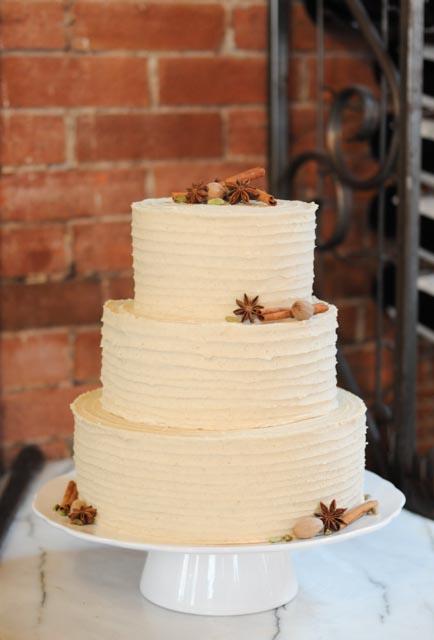 Chai Latte Wedding Cake full