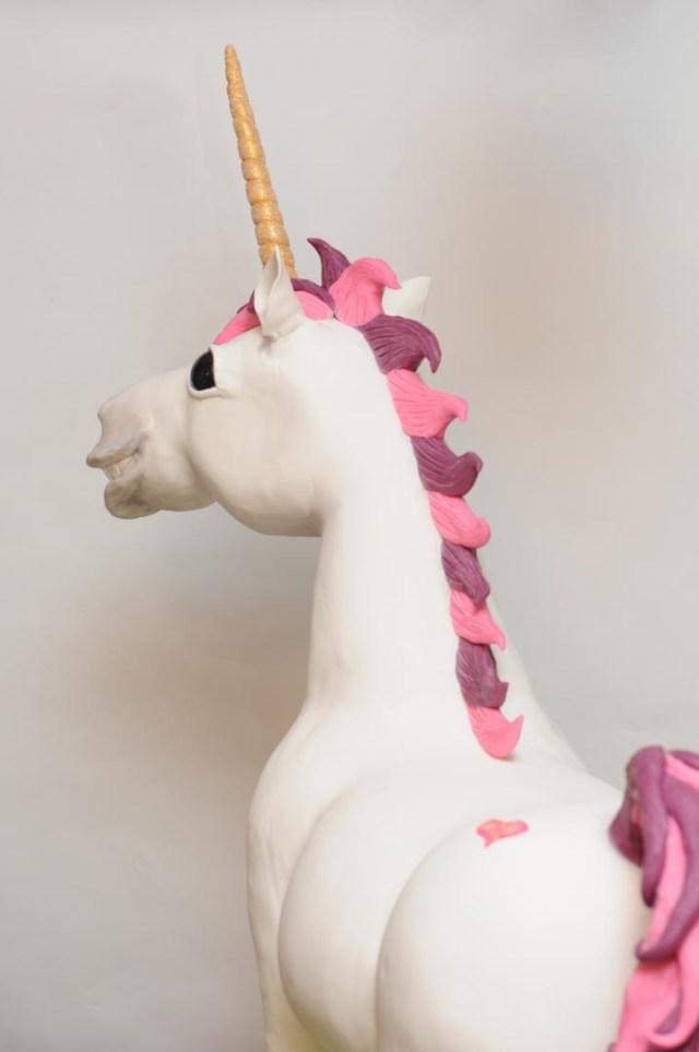 Super awesome unicorn cake.
