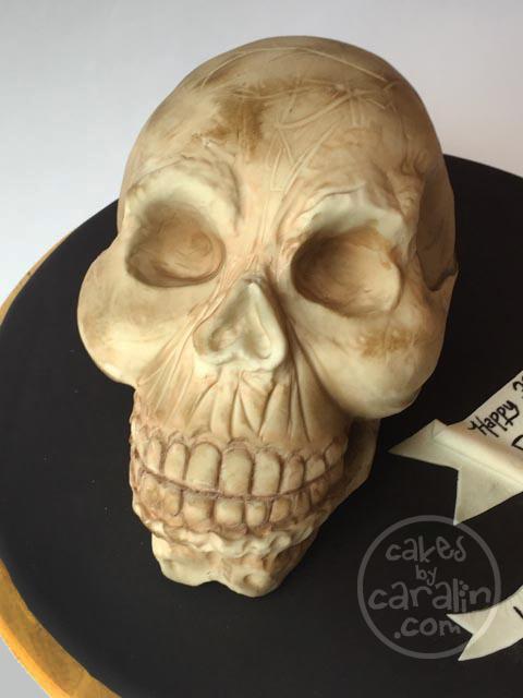 Realistic 3D skull cake
