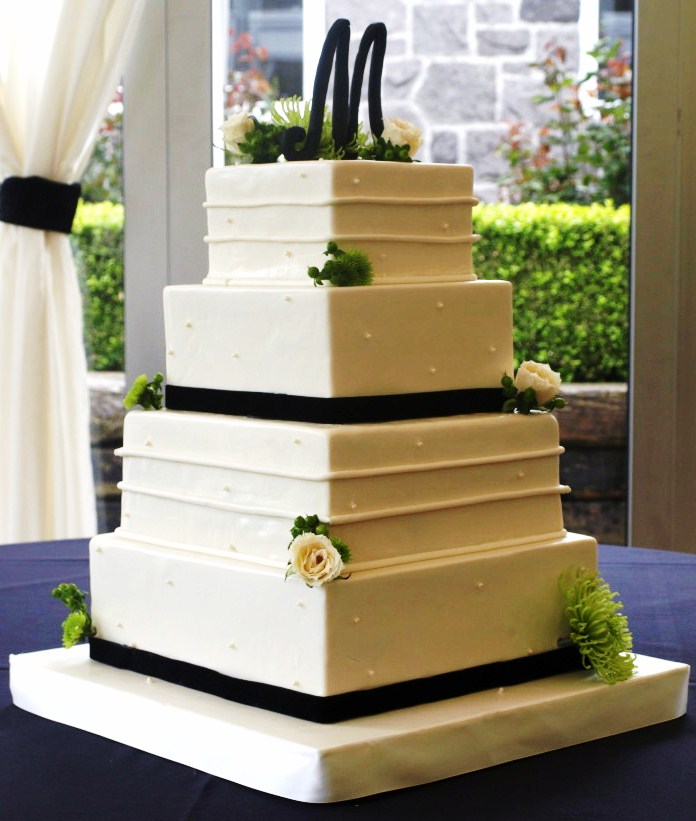 Modern Wedding Cakes: Wedding Cakes Gallery / Pictures- Laurie Clarke Cakes