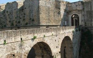 ponte castello santa severina
