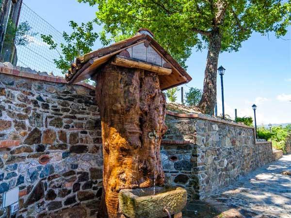 fontana casa sull albero