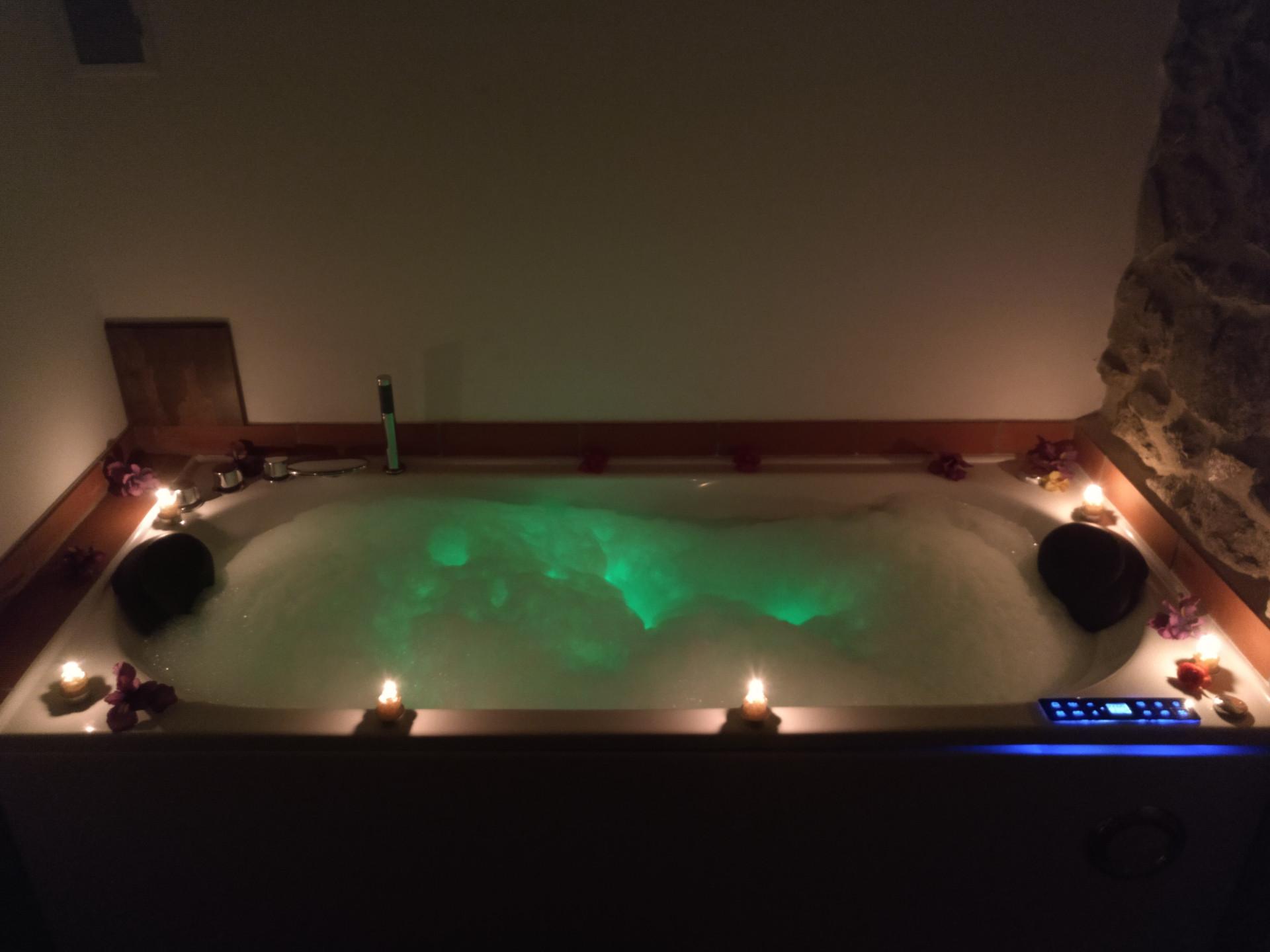 Bañera de hidromasaje de Ca la Llum