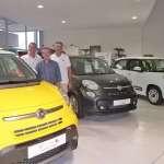 Domingo Marti (gerente de Autoventa) con los dos comerciales de FIAT Llorenç i Alejandro