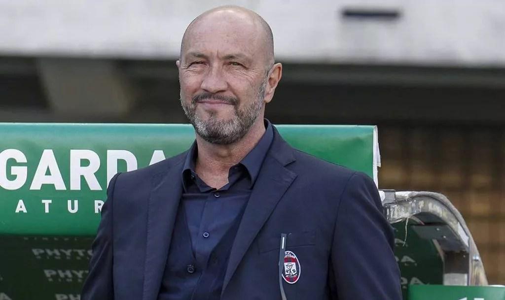 Lui non è successo niente. Cagliari Per La Panchina Spunta Il Nome Di Walter Zenga