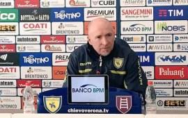"""Napoli-Chievo, Maran: """"Dobbiamo spingere sull'acceleratore. Giaccherini arrivato con la giusta voglia"""""""