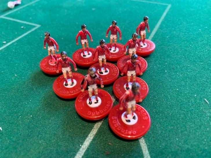 Nottingham Forest subbuteo in versione LW ref 392