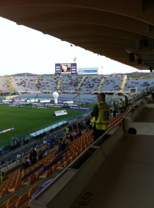 Stadio Artemio Franchi, la Curva Ferrovia vista dalla tribuna